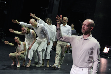 DANCE ON ENSEMBLE, Foto: Dorothea Tuch